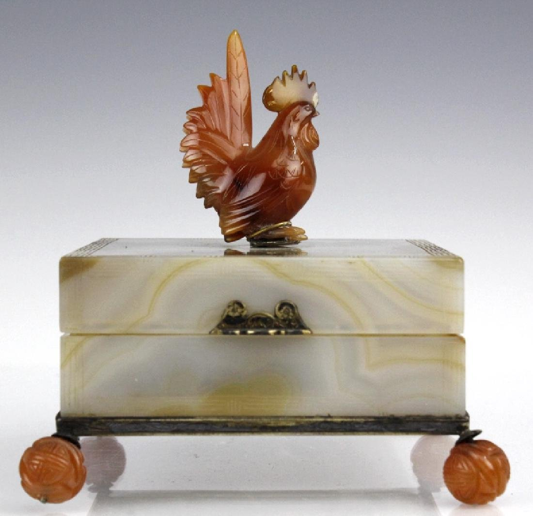 Edward Farmer Silver Banded Agate Footed Rooster Box