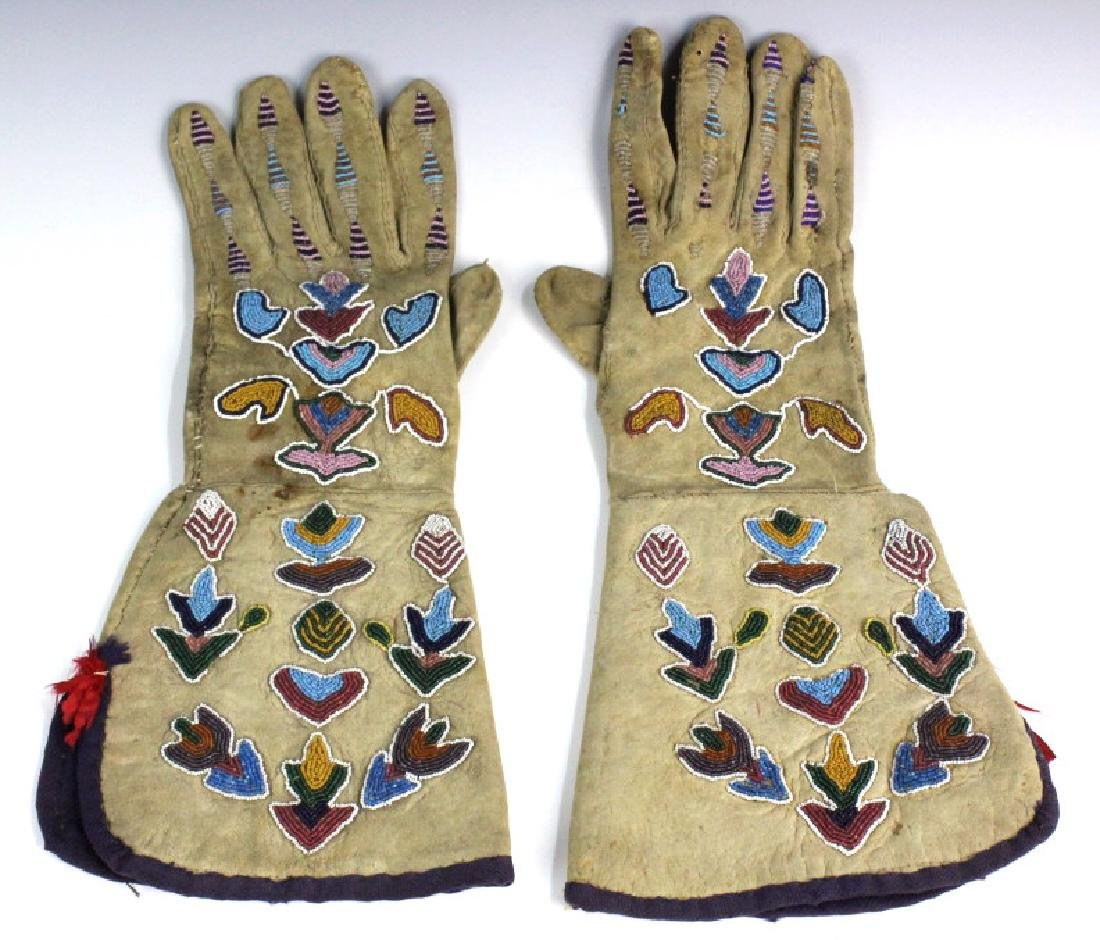 Pair Native American Indian Beaded Leather Gloves