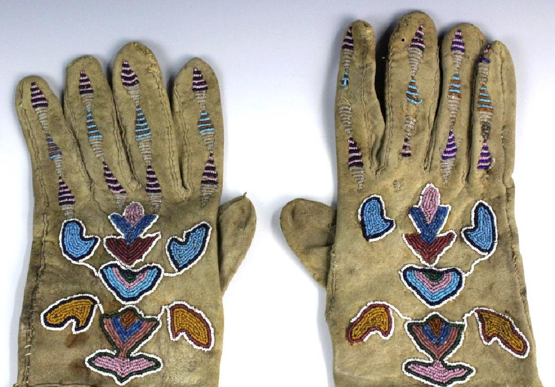 Pair Native American Indian Beaded Leather Gloves - 2