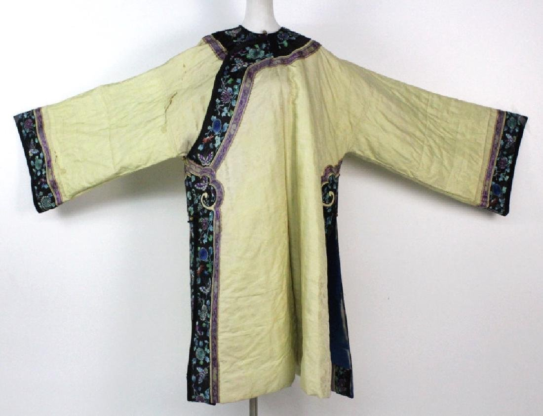 Chinese Insulated Yellow Silk Butterfly Robe