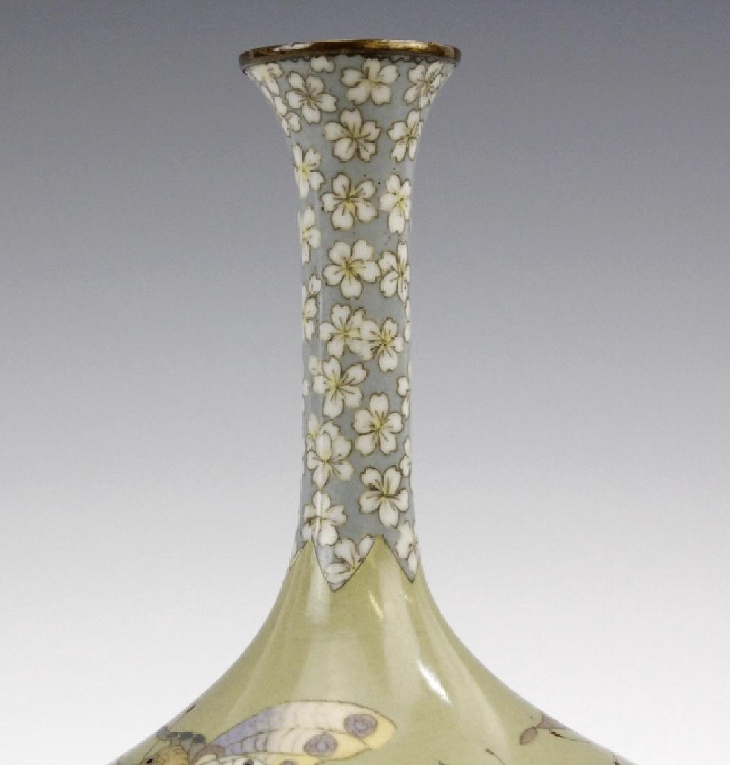 Meiji Japanese Enamel Cloisonne Butterfly Bud Vase - 4