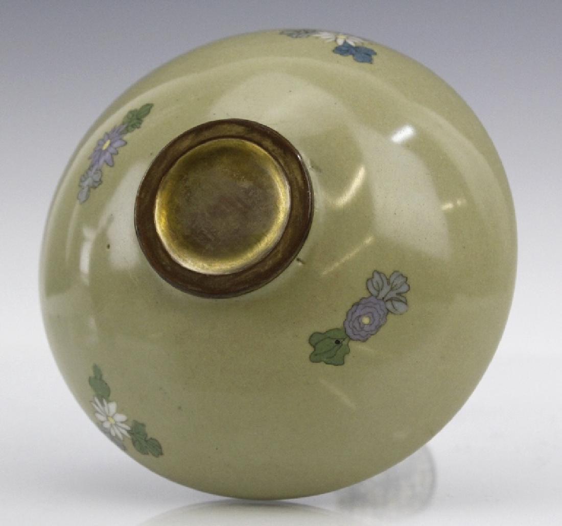 Meiji Japanese Enamel Cloisonne Butterfly Bud Vase - 7