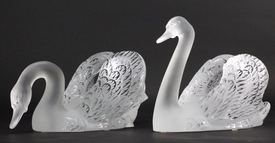 PAIR of Lalique Crystal Art Glass Swans w/ Mirror - 6