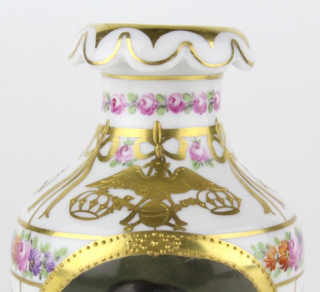 Antique Dresden Napoleon Portrait Porcelain Vase - 3