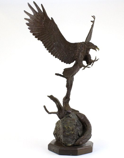 Wally Shoop American Bald Eagle Bronze Sculpture - 4