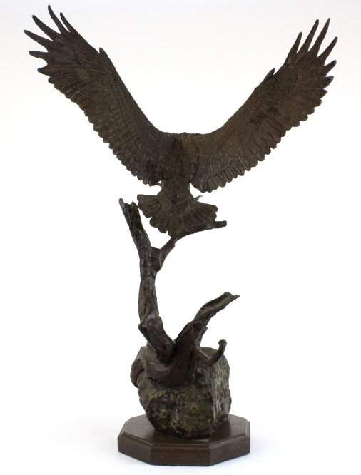 Wally Shoop American Bald Eagle Bronze Sculpture - 9