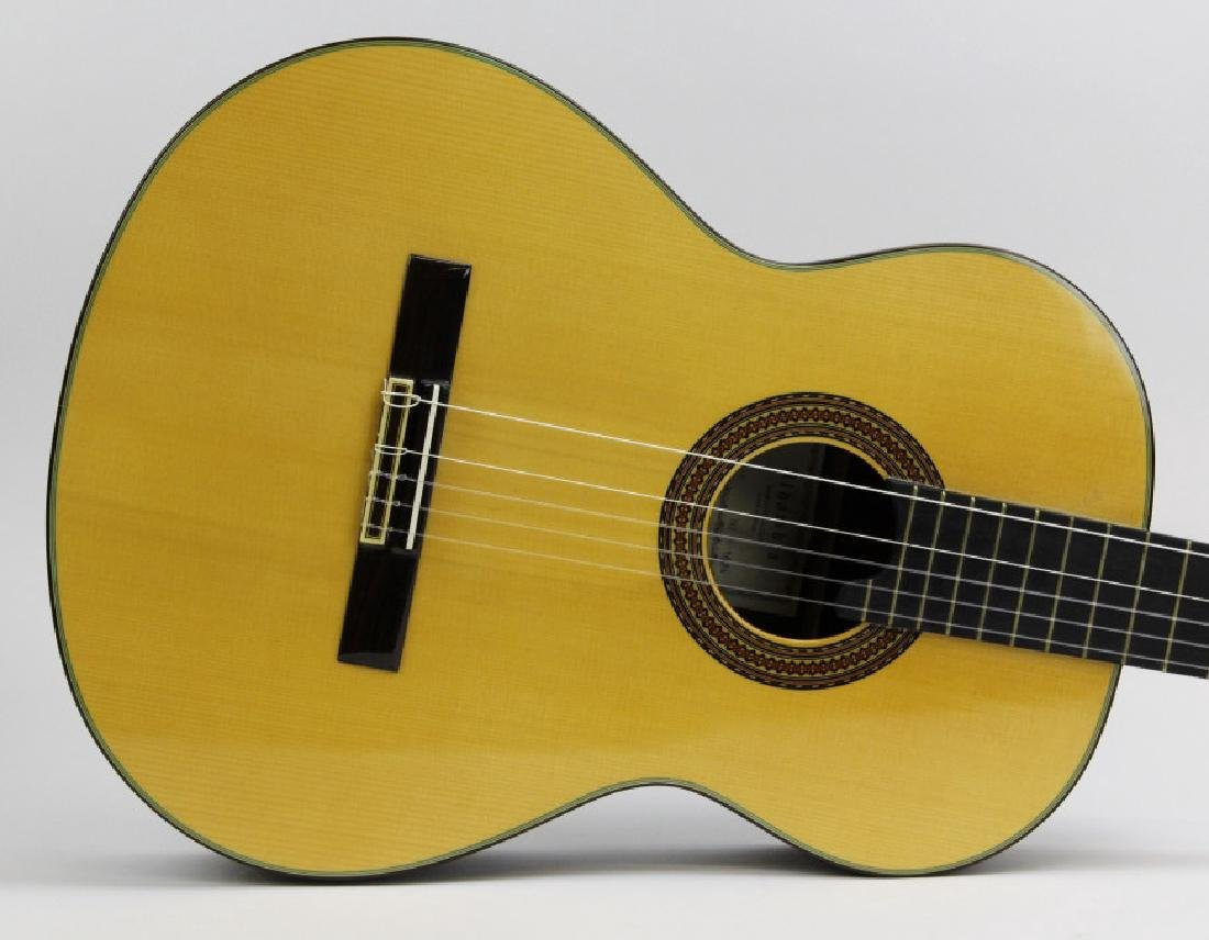ALHAMBRA 11P Classical Acoustic Six String Guitar - 2