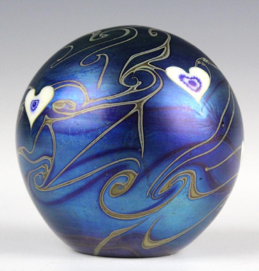 Signed Vandermark 1980 Art Glass Heart Paperweight - 3