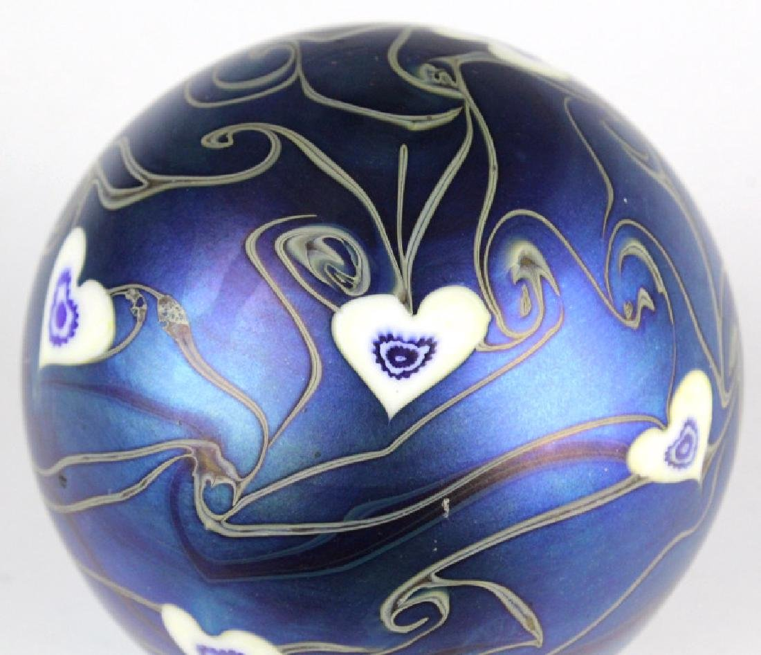 Signed Vandermark 1980 Art Glass Heart Paperweight - 4