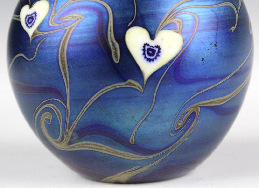 Signed Vandermark 1980 Art Glass Heart Paperweight - 5