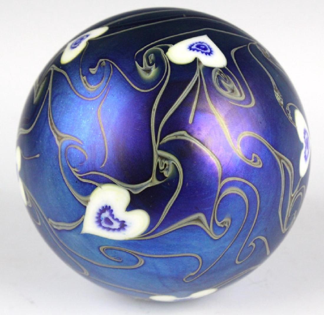 Signed Vandermark 1980 Art Glass Heart Paperweight - 6