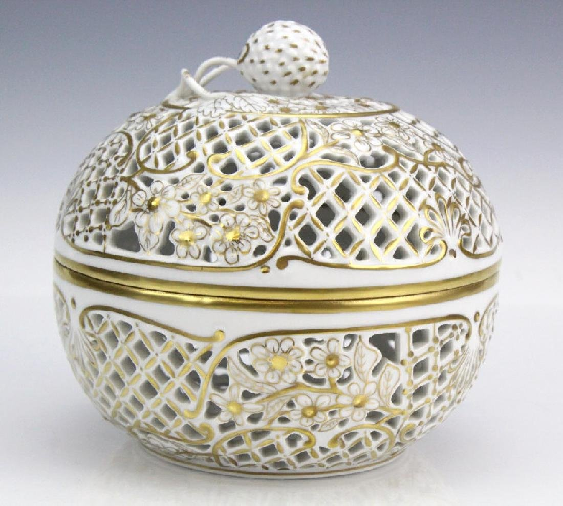 Herend Gold Gilt Reticulated Round Porcelain Box