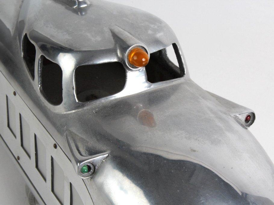 """Art Deco Streamlined Raymond Loewy Model Train 66"""" - 4"""
