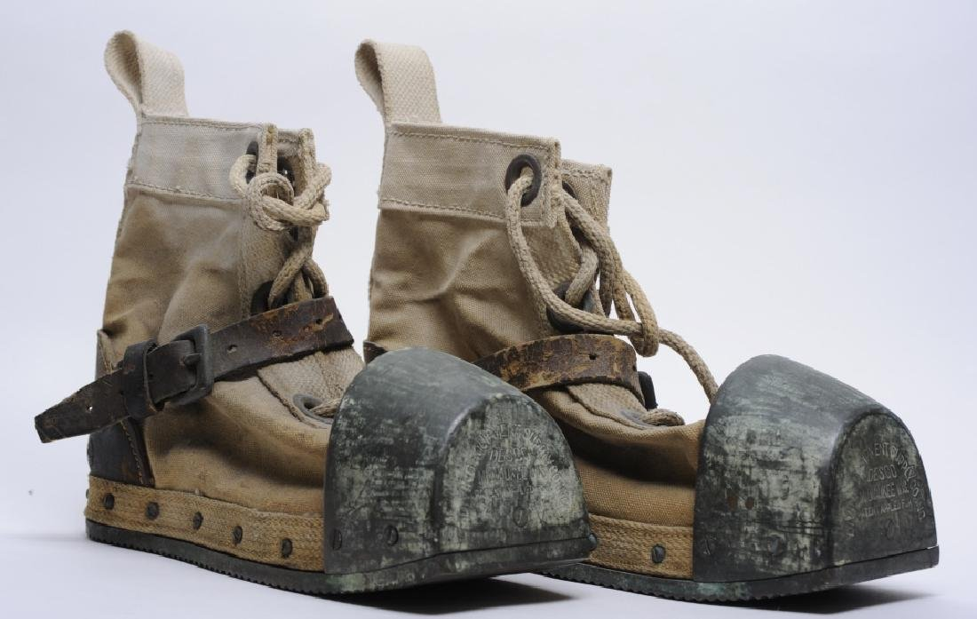 Pair WWII Era DESCO USN Navy Weighted Divers Boots - 2