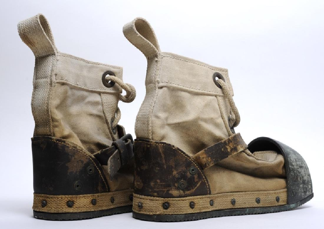 Pair WWII Era DESCO USN Navy Weighted Divers Boots - 3