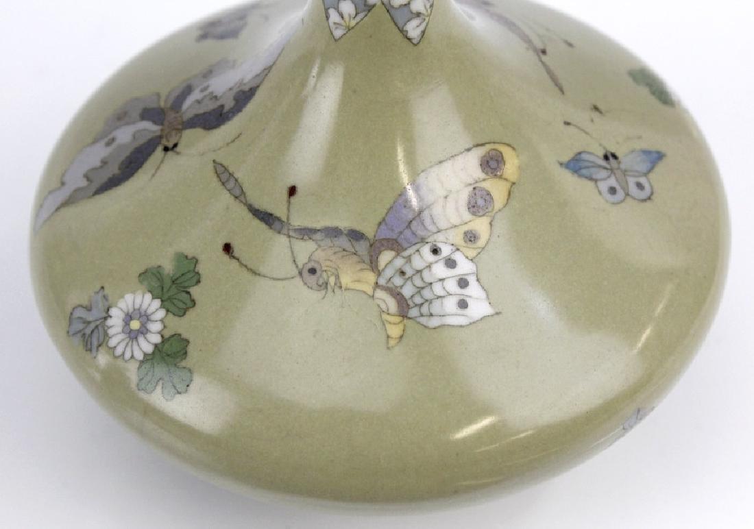 Meiji Japanese Enamel Cloisonne Butterfly Bud Vase - 3