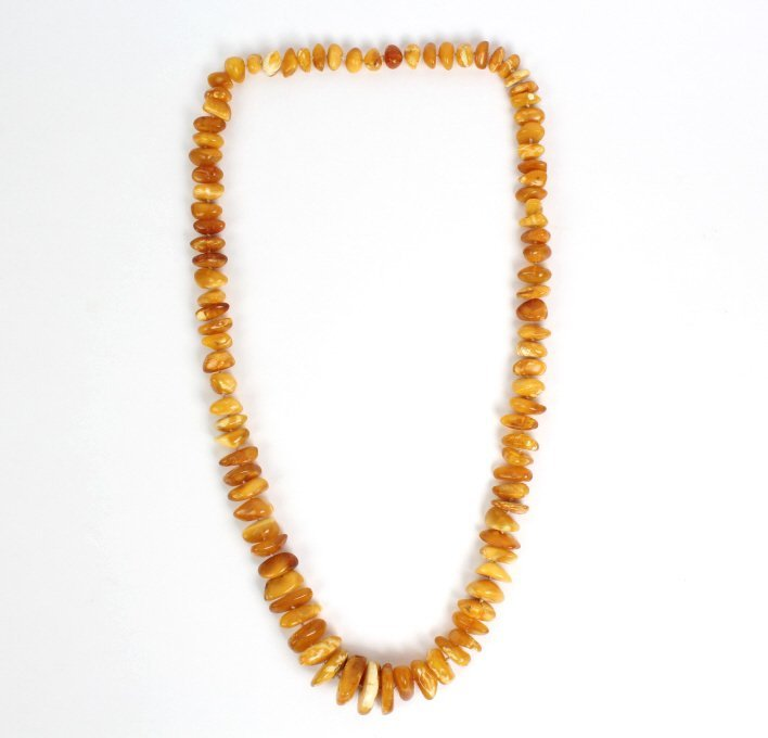 Baltic Egg Yoke Butterscotch Amber Necklace 102g