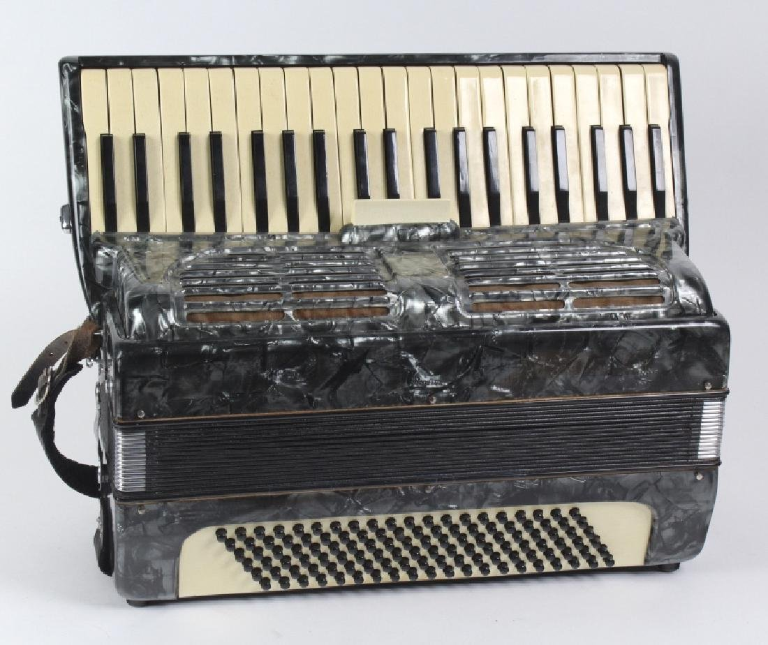 Fine Italian Made 41 Key Accordion w/ Hard Case - 8