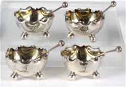 English Set of 4 Sterling Silver Salt Cellars Dips