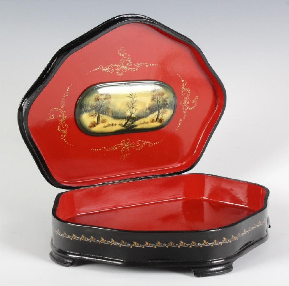 Fedoskino Russian Lacquer Shell Box Winter Scene - 3