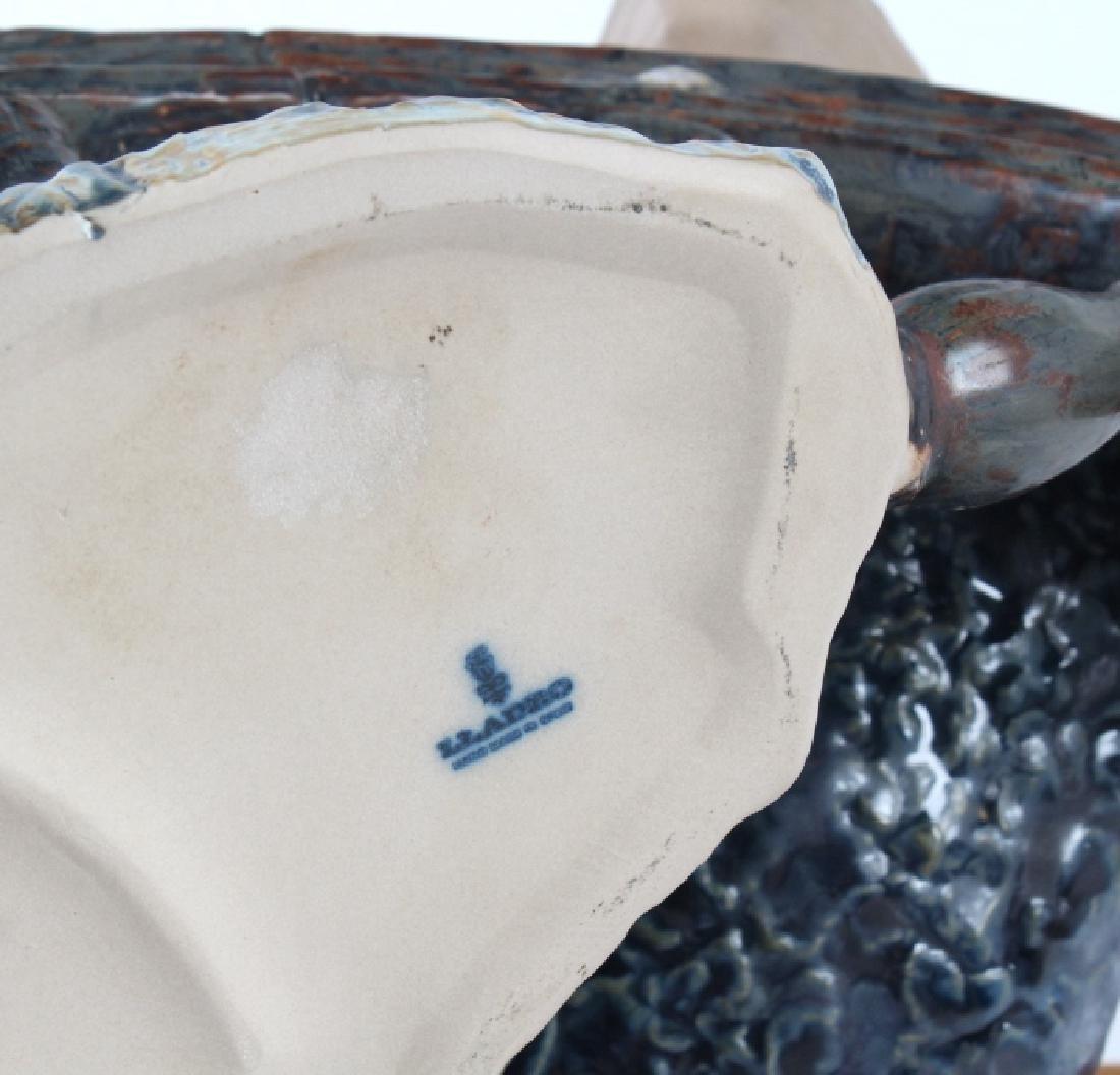 Lladro Seaman Porcelain Figurine & Stand #01011325 - 6