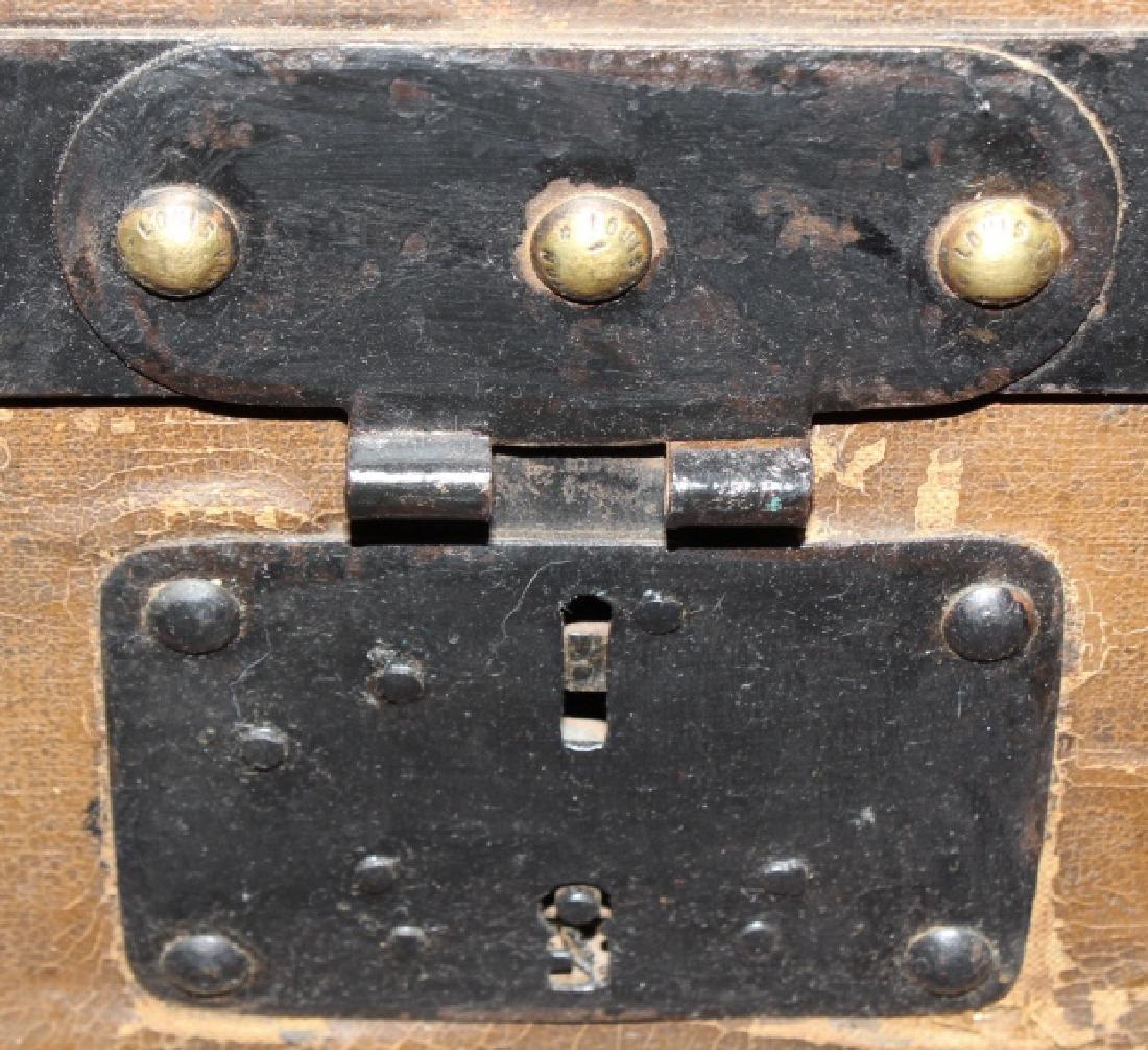 LOUIS VUITTON Steamer Wardrobe LV Hard Trunk c1900 - 6