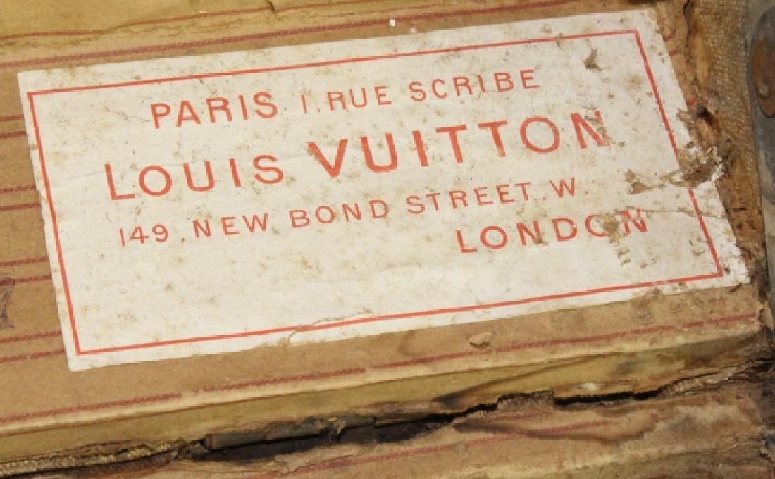 LOUIS VUITTON Steamer Wardrobe LV Hard Trunk c1900 - 9