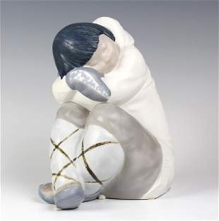 Lladro Eskimo Boy White Spanish Porcelain Figurine