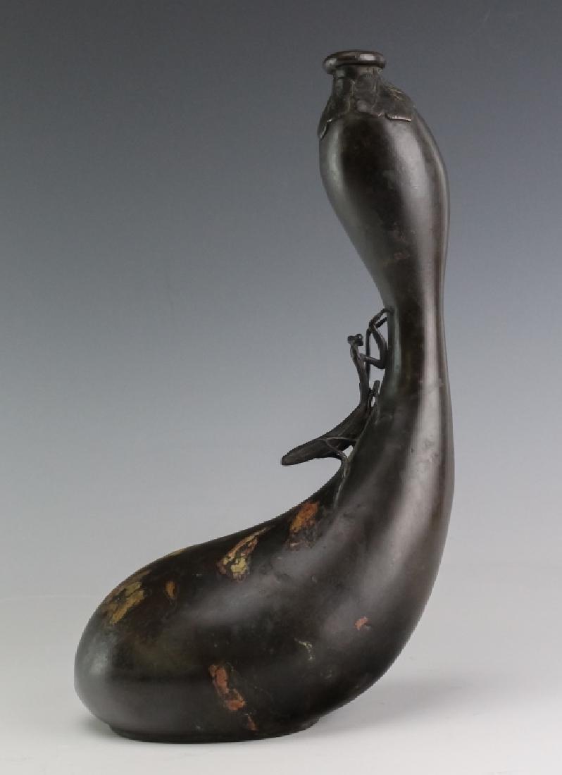 Japanese Meiji Praying Mantis Gourd Vase SIGNED - 4