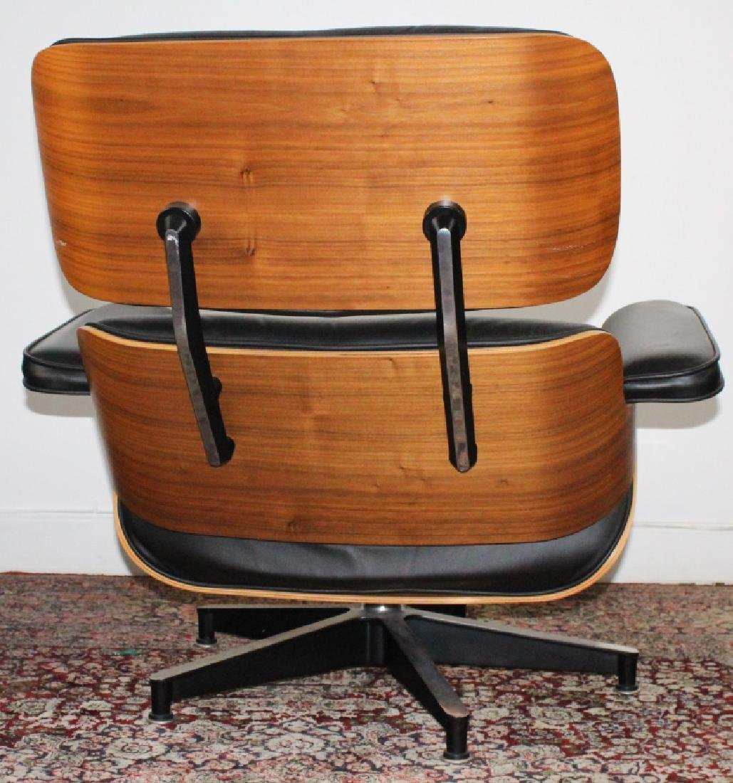 Charles & Ray Eames Black Leather Lounge Chair 670 - 3