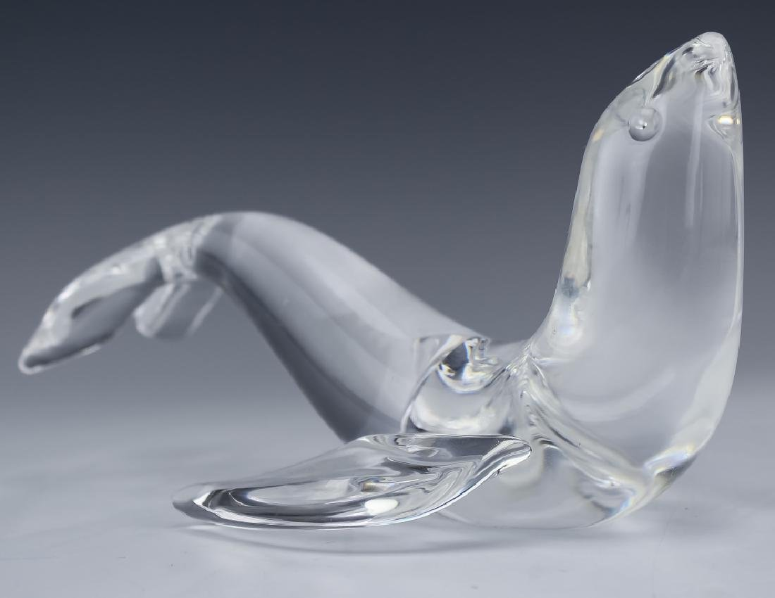 Steuben American Studio Art Glass Seal Figurine - 2