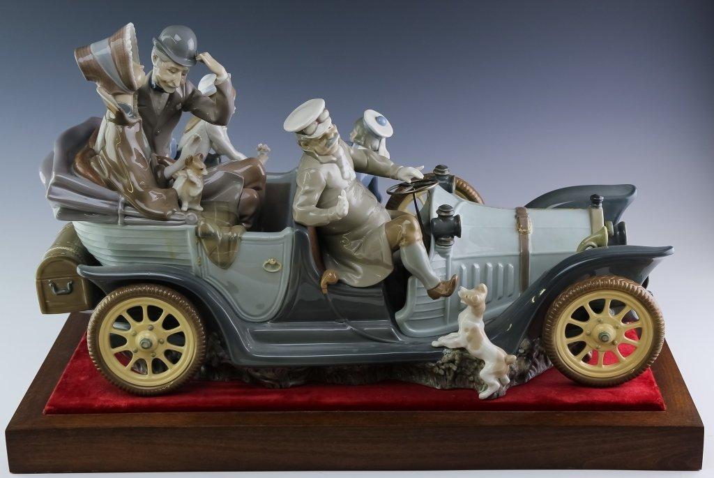 """Lladro ANTIQUE CAR 1146 LE Porcelain Sculpture 22"""""""