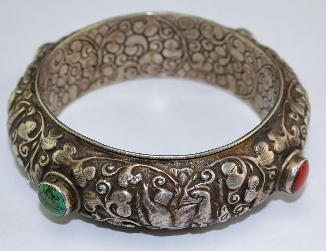 .Asian Repousse Animals & Flowers Turquoise Bangle