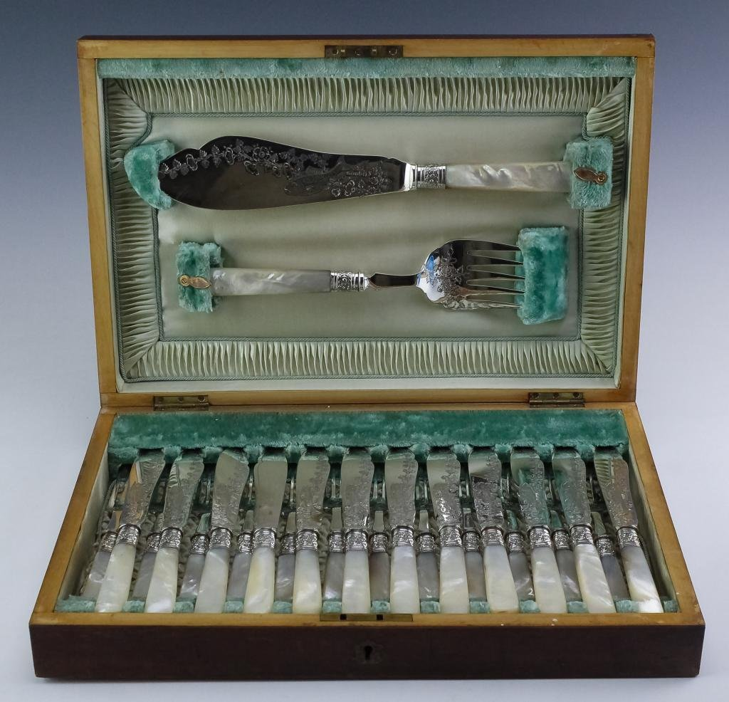 Antique 12 Silverplate Fish Service Set w Serving