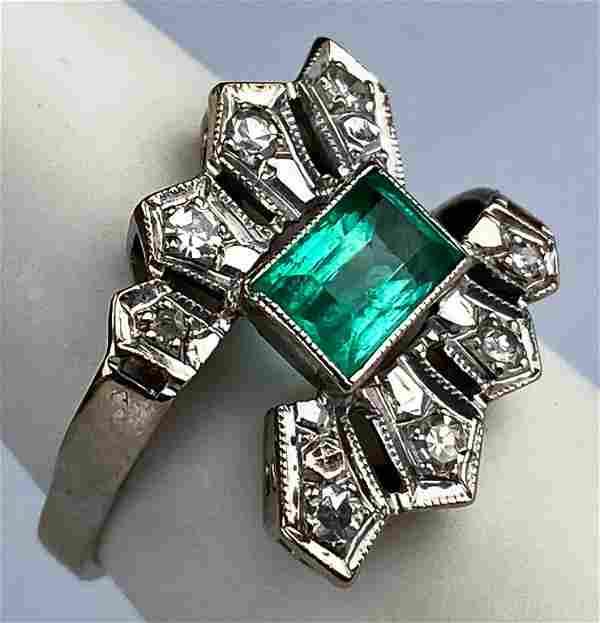 Vintage Retro 18k Gold Diamond & Emerald Ring