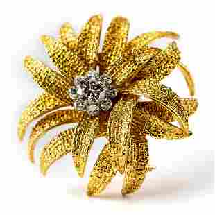 VCA Van Cleef & Arpels 18k Gold Diamond Brooch Pin