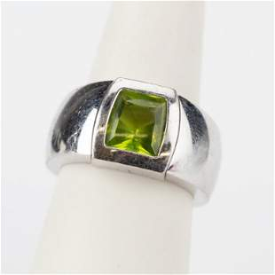 Cartier 18k White Gold Green Peridot Ring Size 7