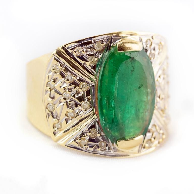 Vintage 18k Gold Diamond & Emerald Cocktail Ring