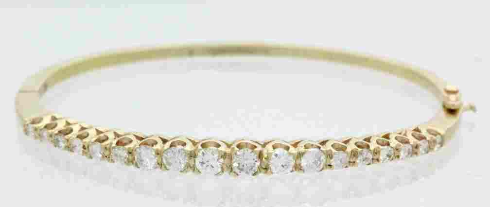 14k Gold 1.25 Ct TW Diamond Bangle Bracelet 11.4gr