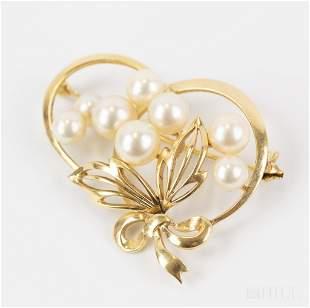 Fine Mikimoto 14k Yellow Gold Pearl Pin Brooch