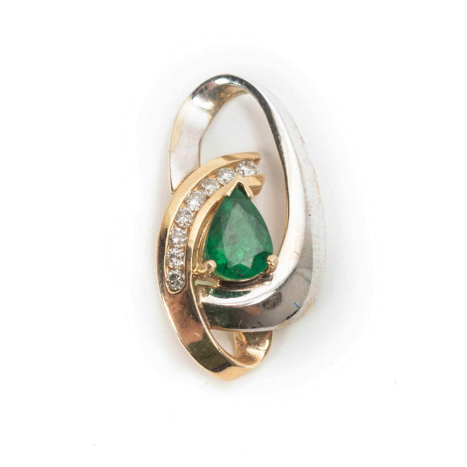 1.16 CTTW 14k Gold Pear Emerald Diamond Pendant
