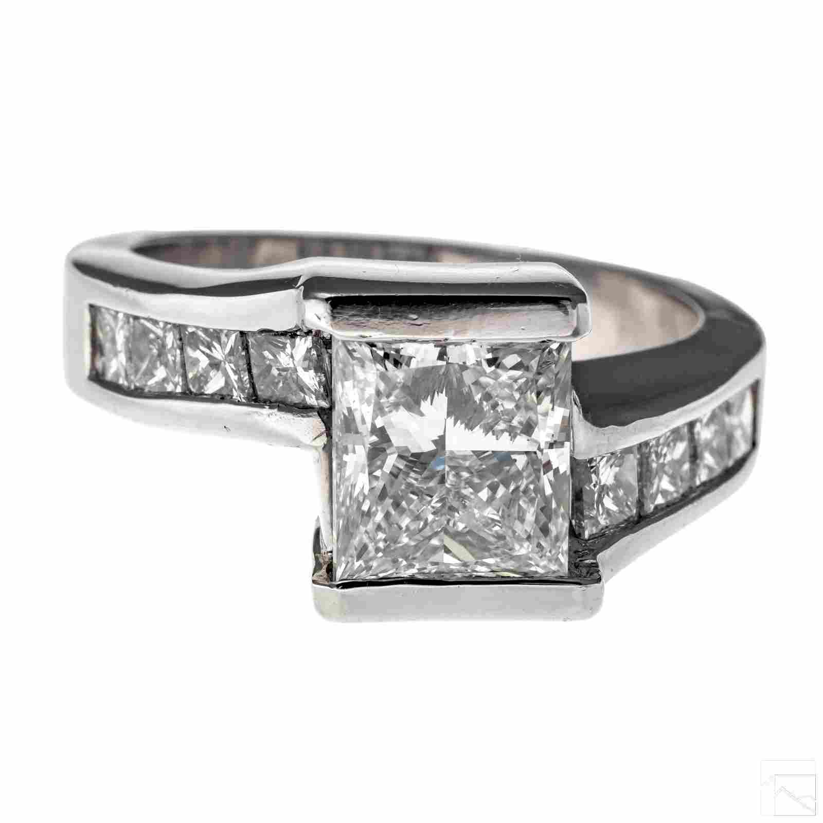 Diamond & Platinum 4.25 CTTW Ring 3 Ct G VS2 GIA