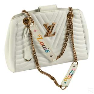 Louis Vuitton White Leather Chain Link Bag Purse