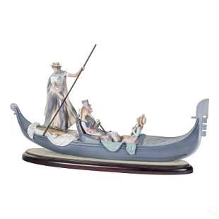 Lladro In The Gondola Glazed Figurine Sculpture