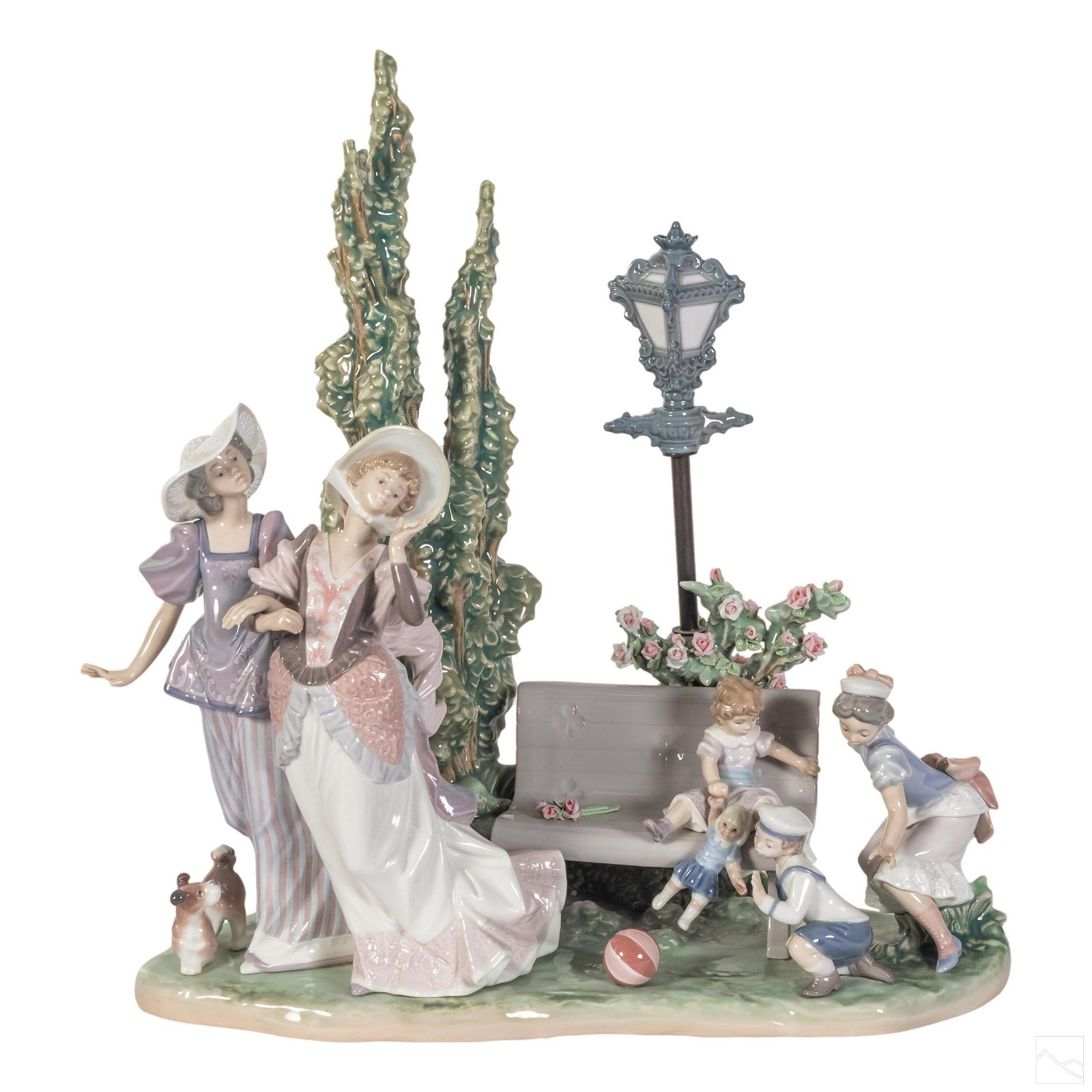 Lladro A Stroll In The Park Figurine Sculpture