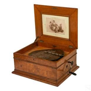 The Regina Company Table Top Disc Music Box w Disc