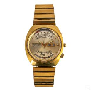 Wittnauer Gold Plated 2002 Automatic Wrist Watch