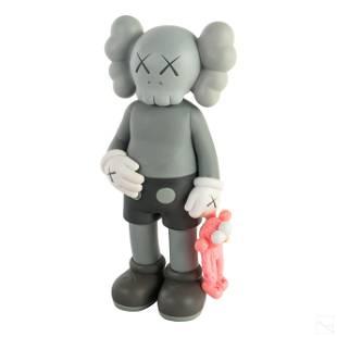 KAWS b1974 SHARE Gray Vinyl Figurine Toy Sculpture
