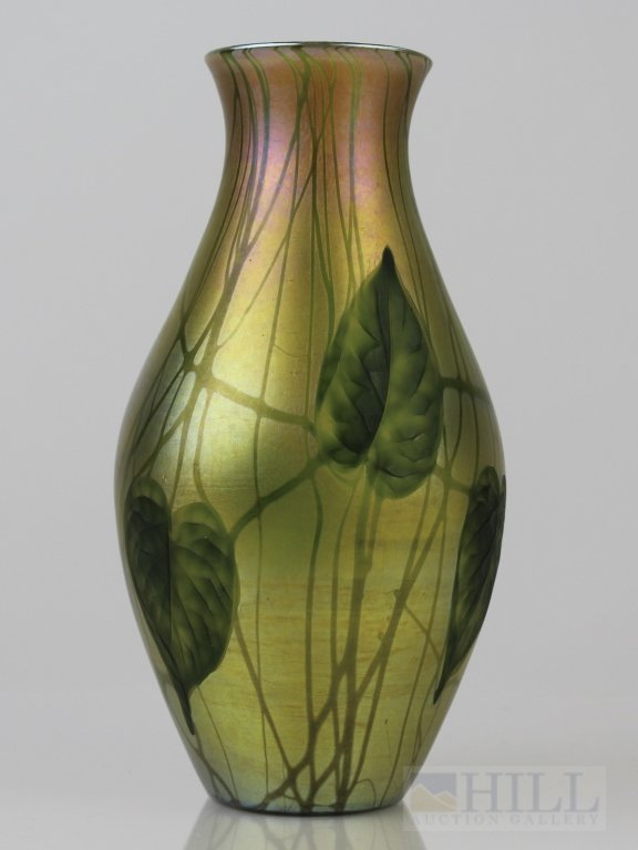 """Signed Tiffany LCT Favrile Hearts & Vines Glass 9"""" Vase"""