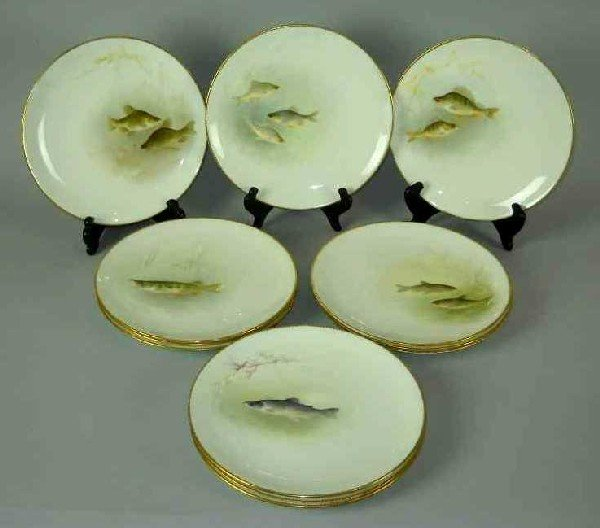 8: TWELVE ROYAL DOULTON FOR TIFFANY & CO FISH PLATE: